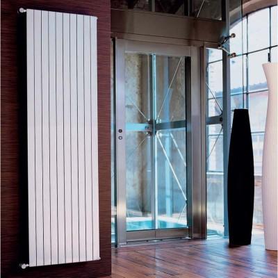 Termoarredo radiatore tubi piatti verticale 10 elementi H 200 Termotech Greta